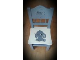 Barnestol m/elefant